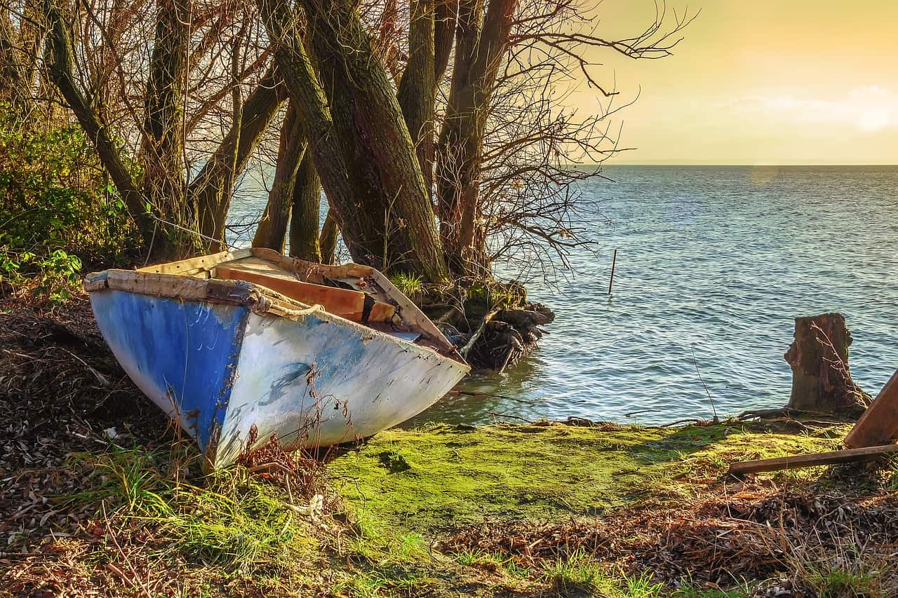 Buying Waterfront Property - Understand That Things Change